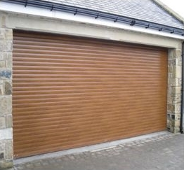 Our Autotherm Premium range of garage doors come in a choice of colours and 2 textured woodgrain finishes. The standard door does not include a fascia or ... & Custom Autotherm Garage Doors - Get a Quote | Autoroll