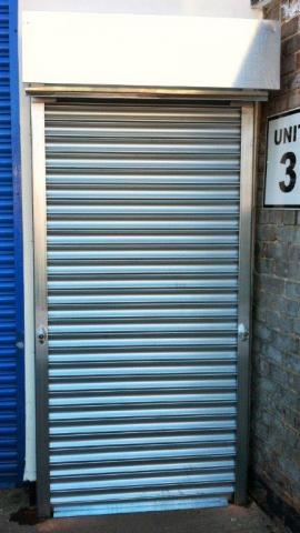 Electric doorway roller shutter